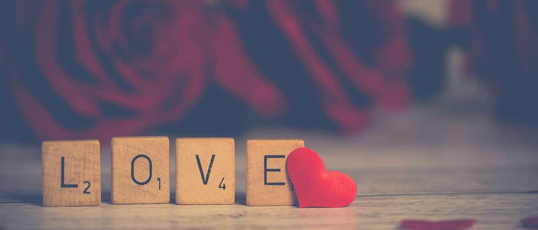 चार संकेत  जो साबित करते हैं कि आप प्यार में हैं
