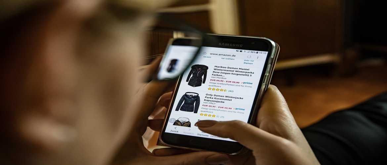 स्मार्टली ऑनलाइन शॉपिंग करने के तीन आसान उपाय